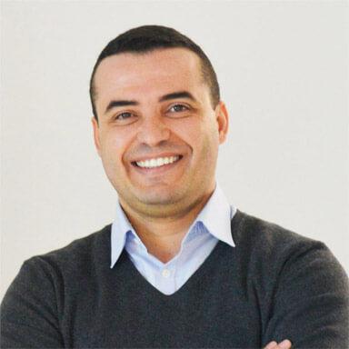 Achraf-Abdelaziz-axe-finance